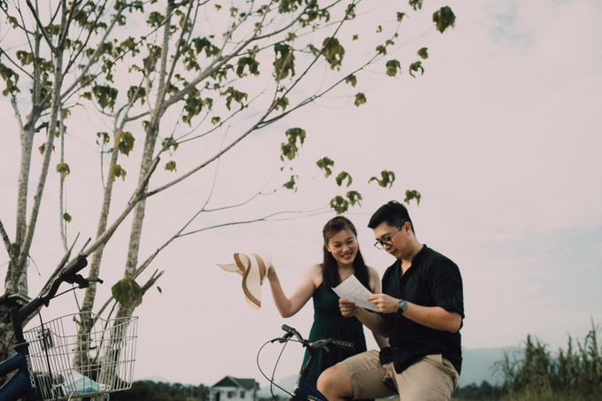 Casual engagement shoot by Amelia Soo photography - 028