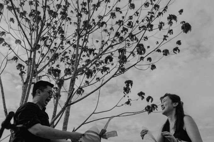 Casual engagement shoot by Amelia Soo photography - 029