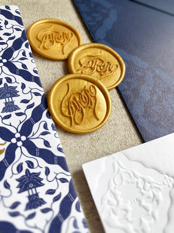 Navy Javanese Batik by Trouvaille Invitation - 008