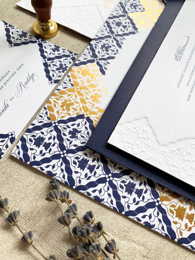 Navy Javanese Batik by Trouvaille Invitation - 004