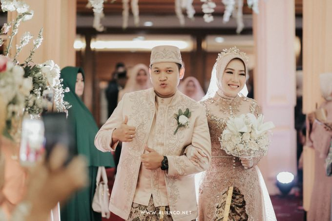 The Wedding Of Shella & Lutfi by alienco photography - 037