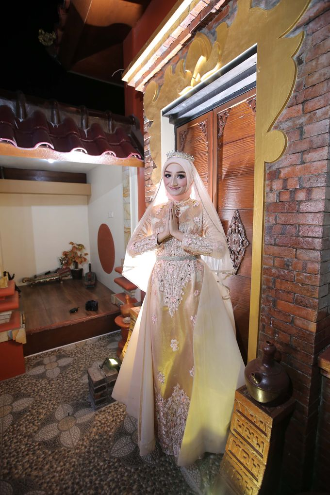 Photoshoot by LAKSMI - Kebaya Muslimah & Islamic Bride - 007