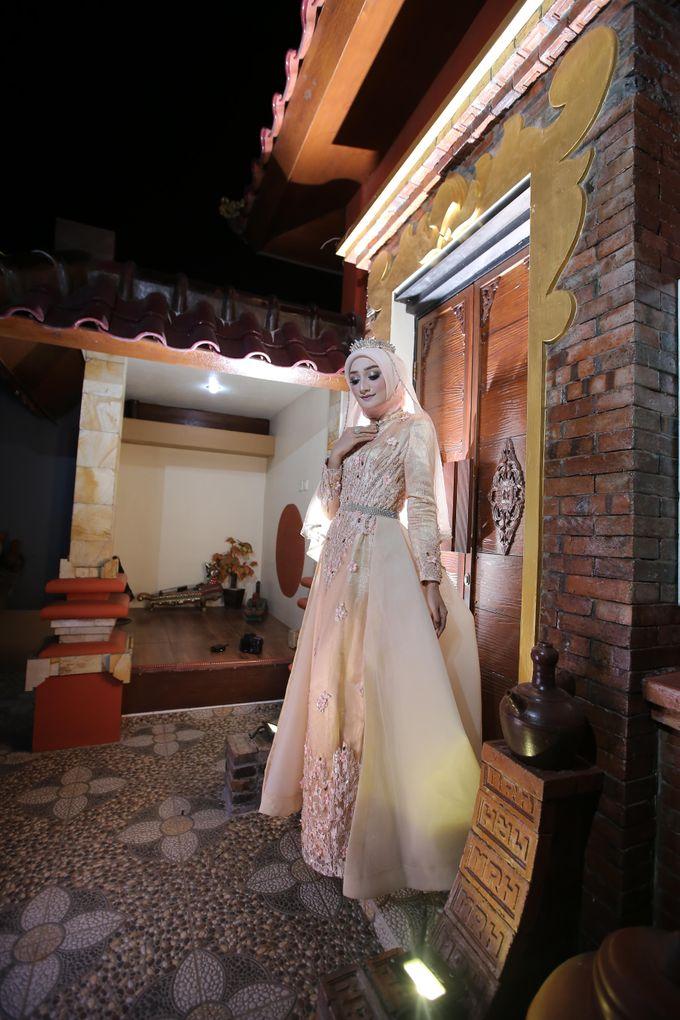 Photoshoot by LAKSMI - Kebaya Muslimah & Islamic Bride - 009