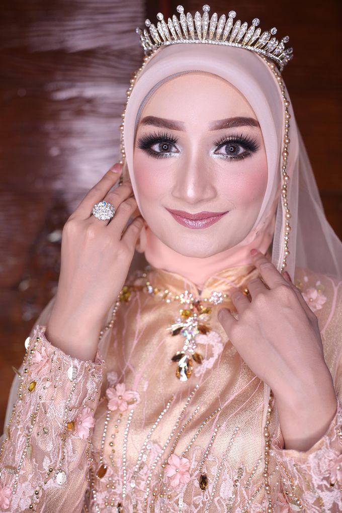 Photoshoot by LAKSMI - Kebaya Muslimah & Islamic Bride - 005