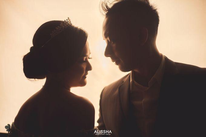Prewedding of Dinda-Kristianto at Alissha & Six Ounces Coffee by Alissha Bride - 012