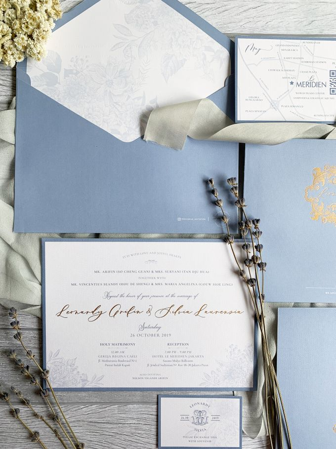 Vintage Blue by Trouvaille Invitation - 002