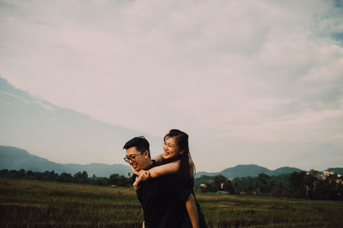 Casual engagement shoot by Amelia Soo photography - 037