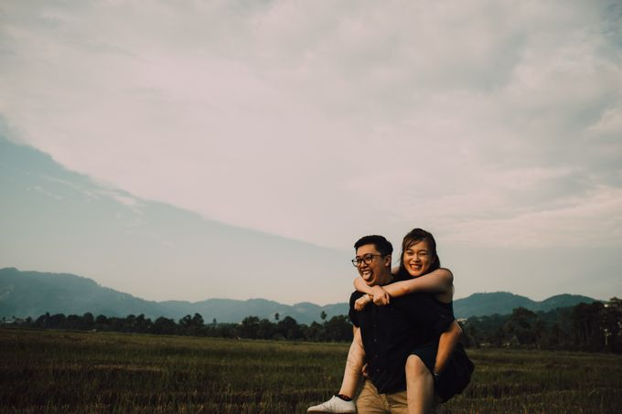 Casual engagement shoot by Amelia Soo photography - 038