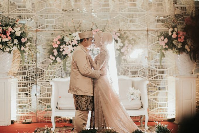 The Wedding Of Shella & Lutfi by alienco photography - 038