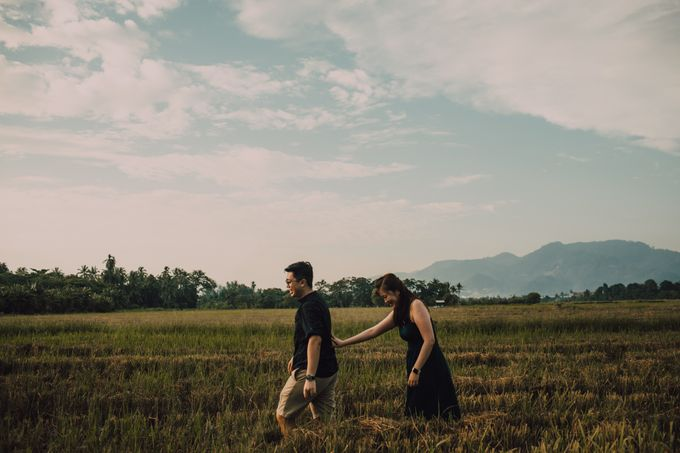Casual engagement shoot by Amelia Soo photography - 041