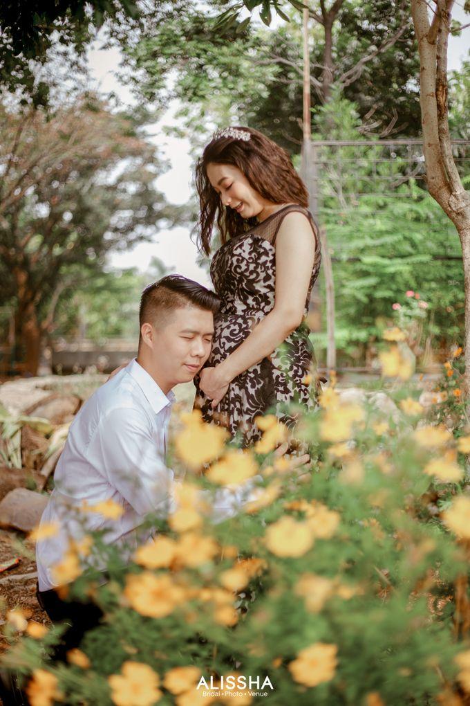 Maternity Photoshoot at Alissha by Alissha Bride - 002