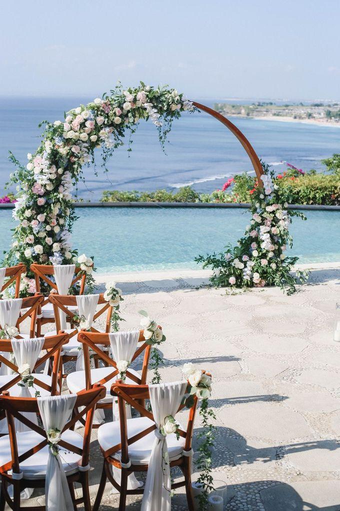 Rustic Alfresco Clifftop Wedding at Bayuh Sabbah Villa - Bali by Silverdust Decoration - 011