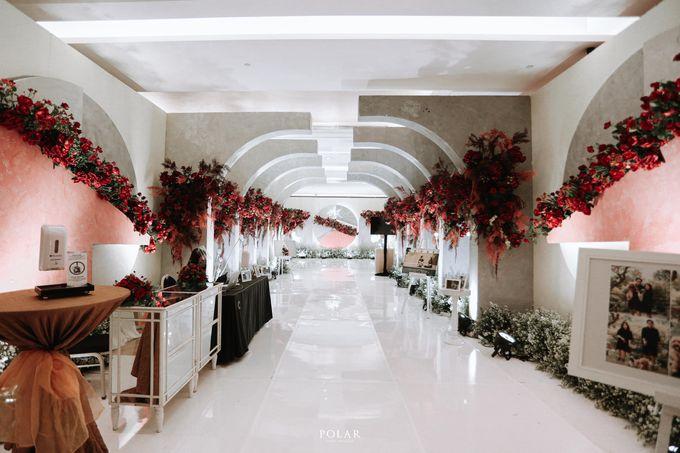 Wedding of Agung & Keyshalla at Trans Convention Center by Valentine Wedding Decoration - 012