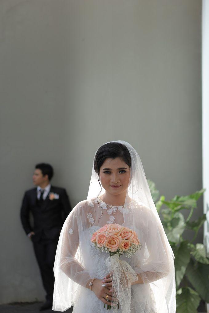 The Wedding Of Mr. DONY & Mrs. IVONE by ODDY PRANATHA - 011