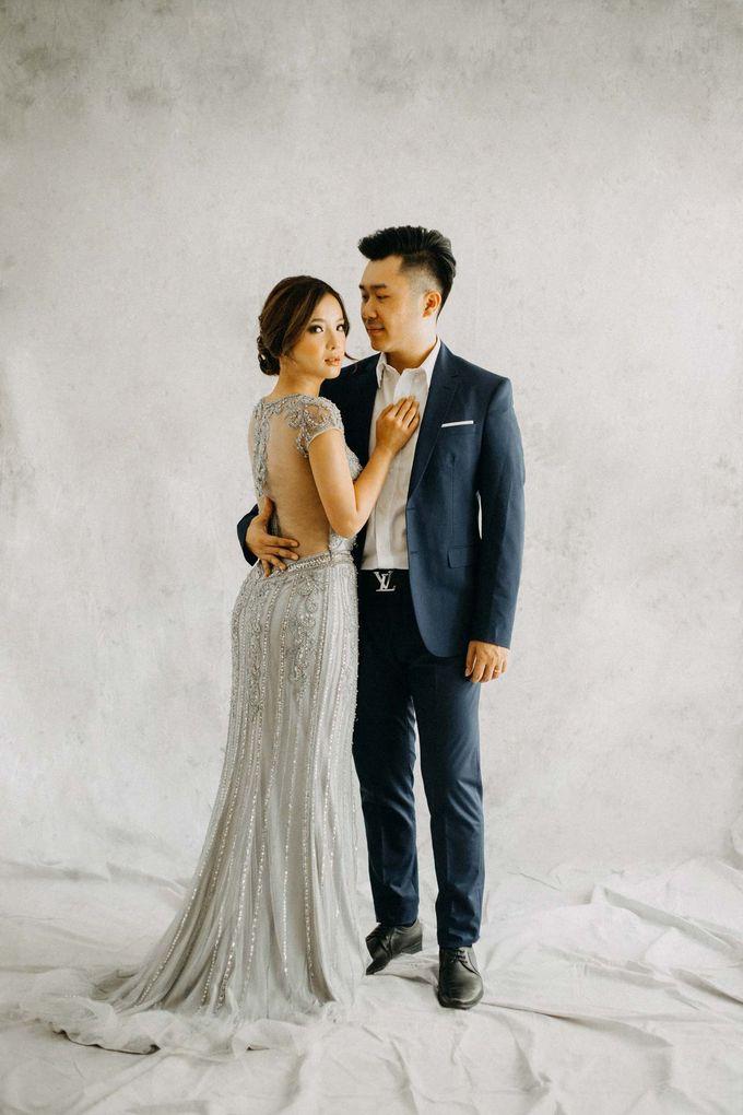 Anton & Silvy Prewedding by Kev by MA Fotografia - 002