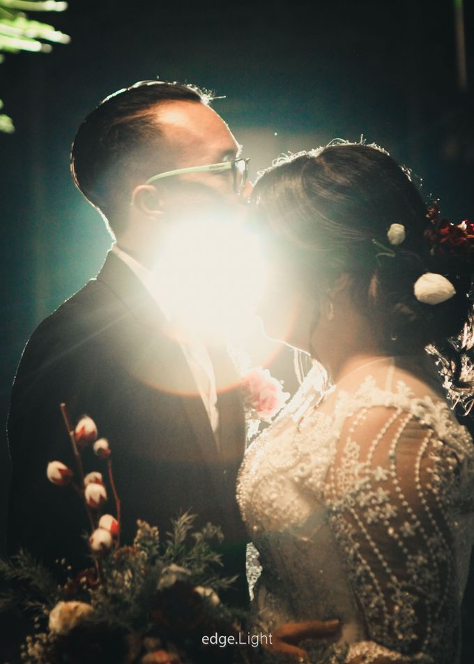 The Wedding of Ririn & Rizky by EdgeLight Production - 017