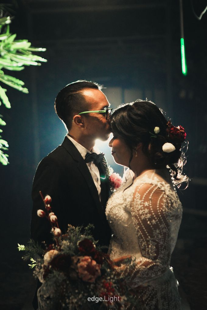 The Wedding of Ririn & Rizky by EdgeLight Production - 018