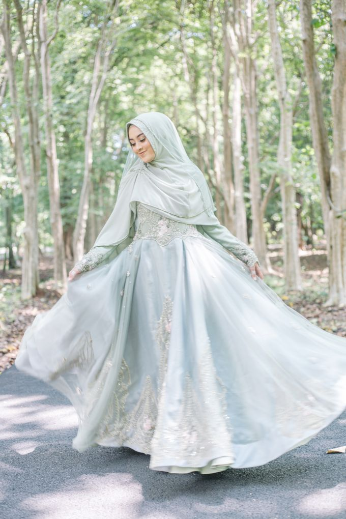 Ottoman Series - Green Sage Resepsi by LAKSMI - Kebaya Muslimah & Islamic Bride - 007