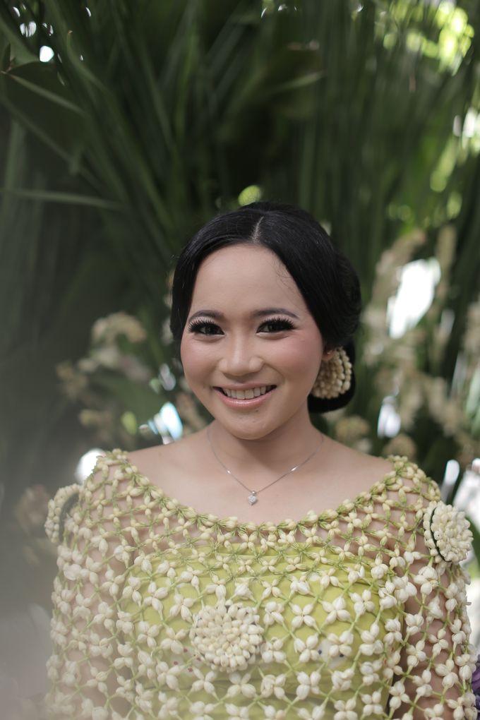 Mitoni Inez by Arum Ndalu Sanggar Rias Pengantin - 003
