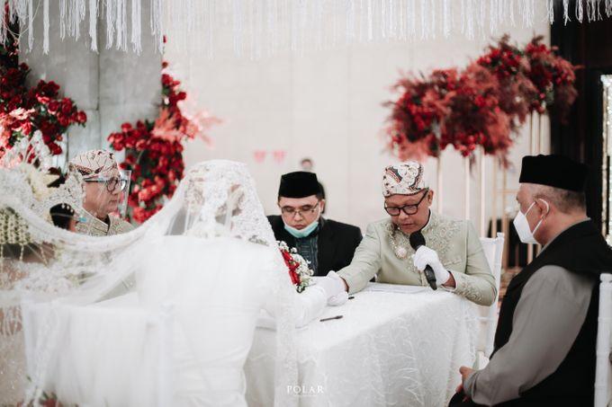 Wedding of Agung & Keyshalla at Trans Convention Center by Valentine Wedding Decoration - 015