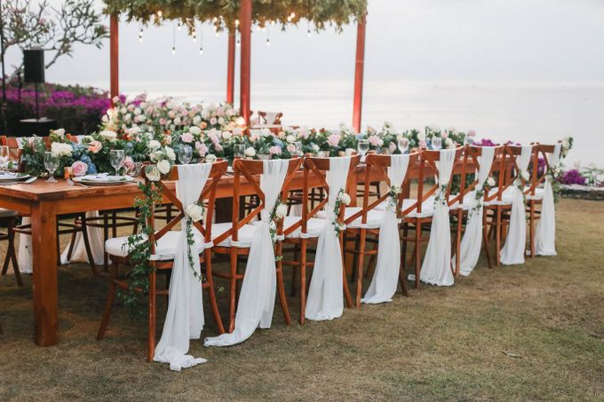 Rustic Alfresco Clifftop Wedding at Bayuh Sabbah Villa - Bali by Silverdust Decoration - 033