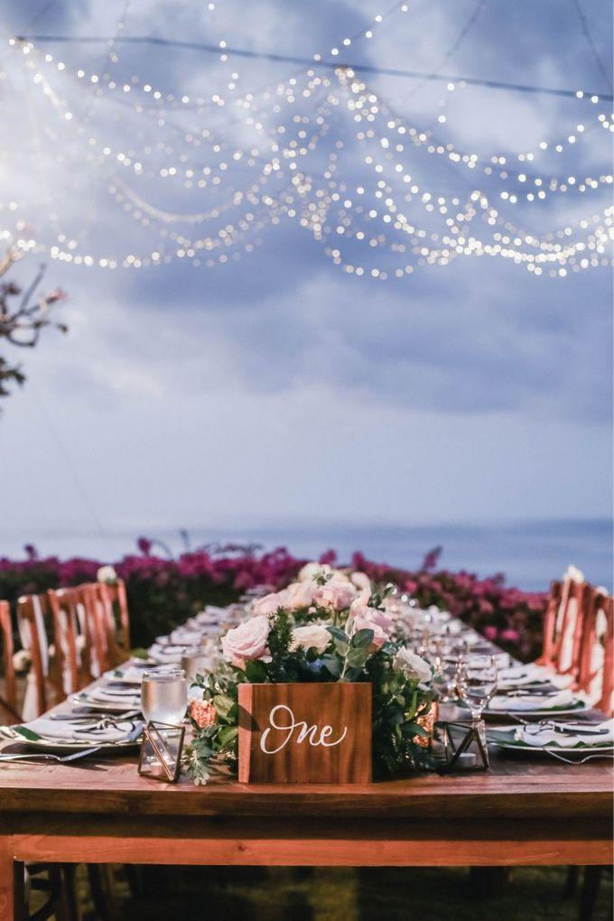 Rustic Alfresco Clifftop Wedding at Bayuh Sabbah Villa - Bali by Silverdust Decoration - 004