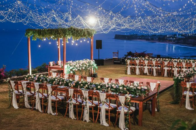 Rustic Alfresco Clifftop Wedding at Bayuh Sabbah Villa - Bali by Silverdust Decoration - 007