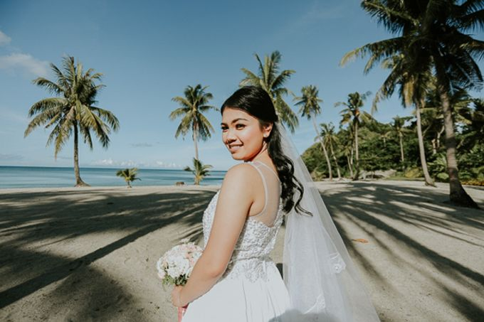 Renz & Jenn Beach Wedding in Romblon by The Fortnight Studios - 014