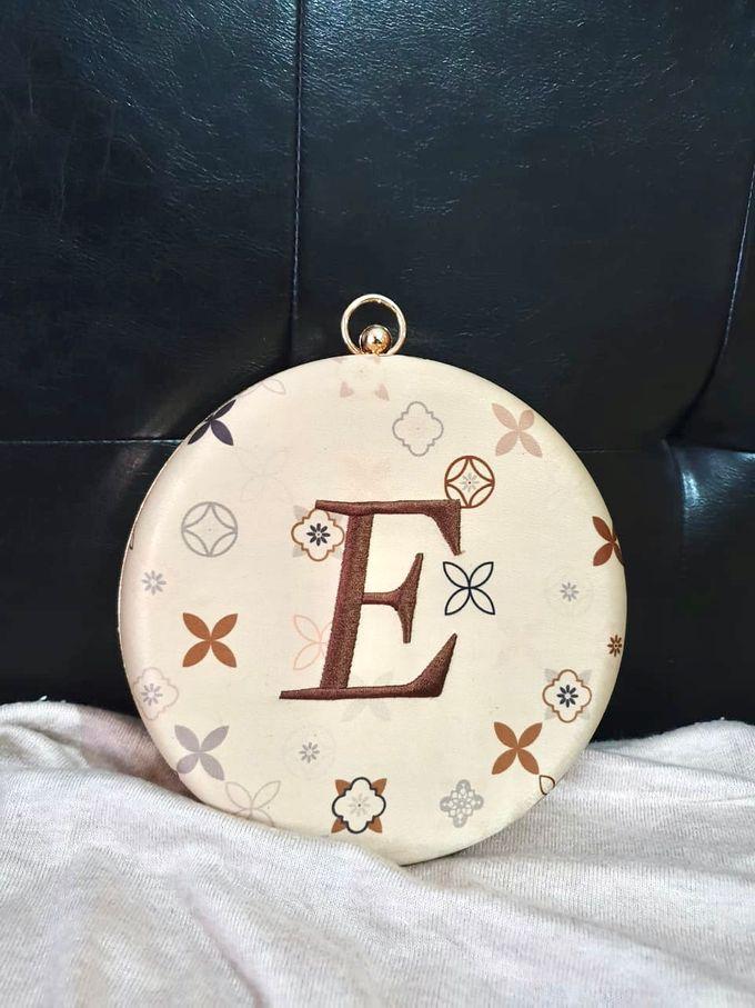 Custom Clutch  Ms E by The Curvakum Label - 001
