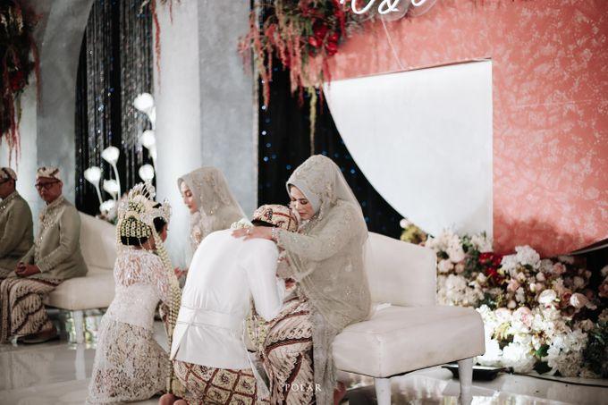 Wedding of Agung & Keyshalla at Trans Convention Center by Valentine Wedding Decoration - 018