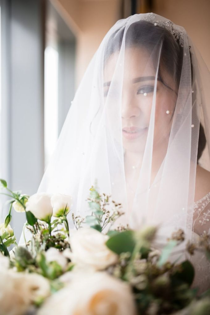 Steffi & Joshua Wedding Day by KYRIA WEDDING - 002
