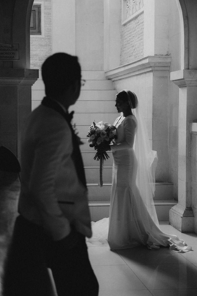 Intimate Bali Wedding of Willy & Dewi by Lentera Wedding - 025