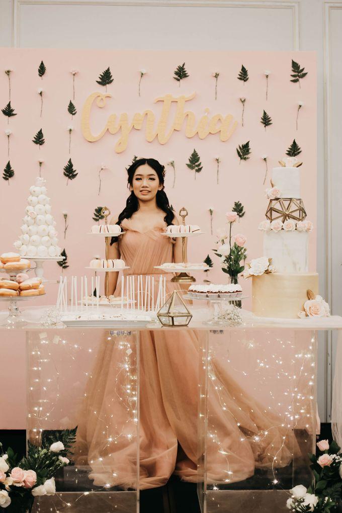 Romantic Dessert Table by Gordon Blue Cake - 036