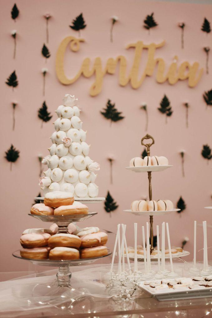 Romantic Dessert Table by Gordon Blue Cake - 040