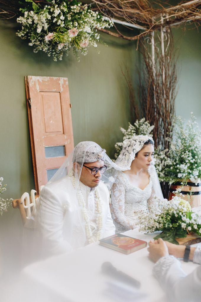 Ardhan & Dhea - Wedding by Flowr Photography - 007