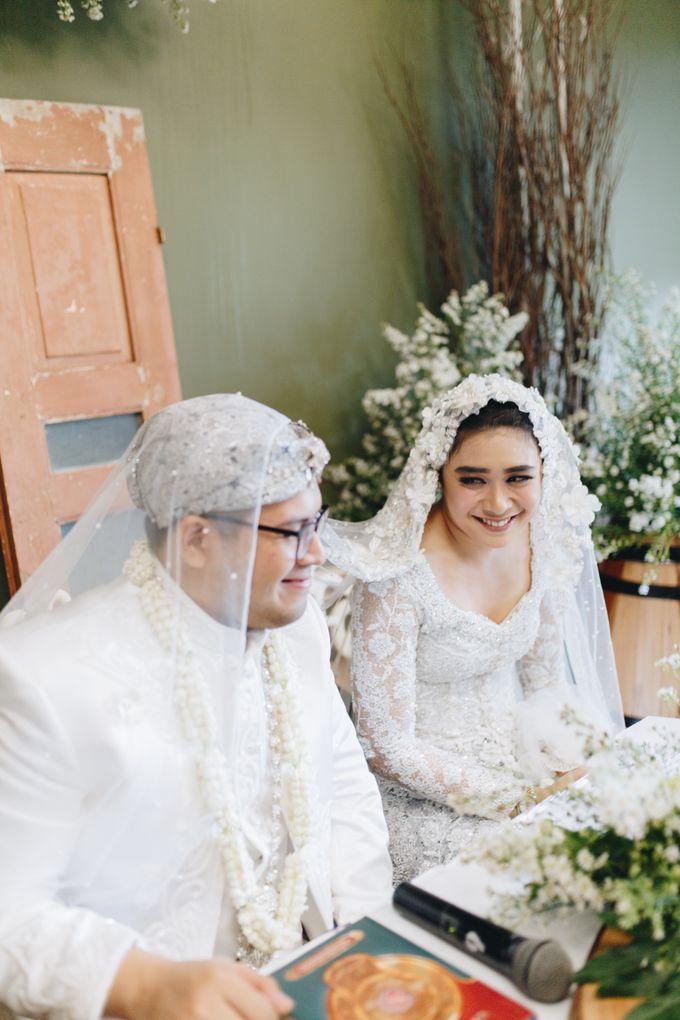 Ardhan & Dhea - Wedding by Flowr Photography - 011