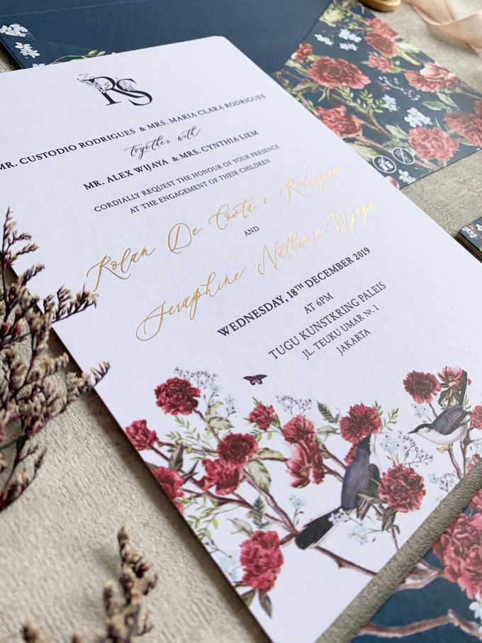 Navy Blue Chinoiserie by Trouvaille Invitation - 003
