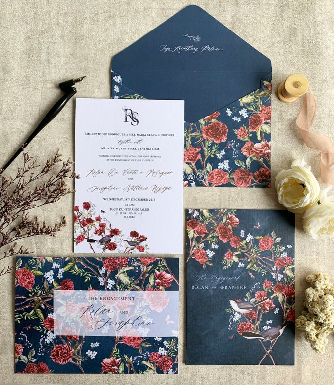 Navy Blue Chinoiserie by Trouvaille Invitation - 004
