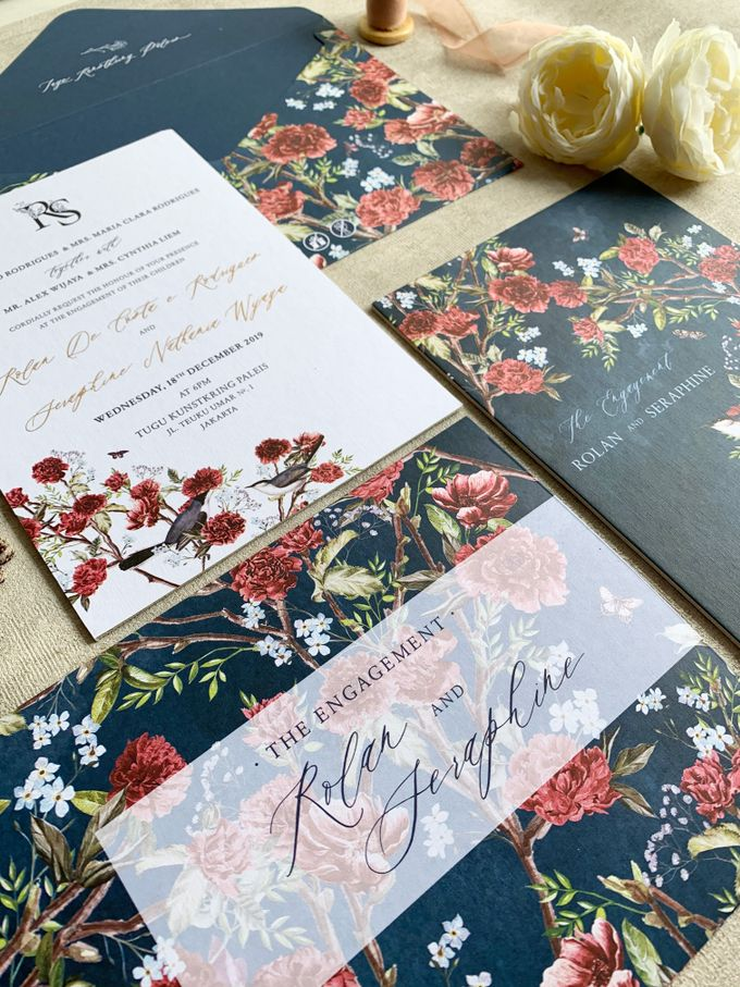 Navy Blue Chinoiserie by Trouvaille Invitation - 005