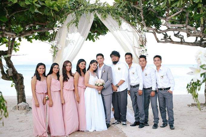 Renz & Jenn Beach Wedding in Romblon by The Fortnight Studios - 015