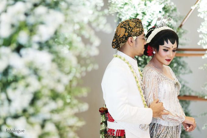 WED CEREMONY FITRI AYU & KENJI by Chandani Weddings - 010