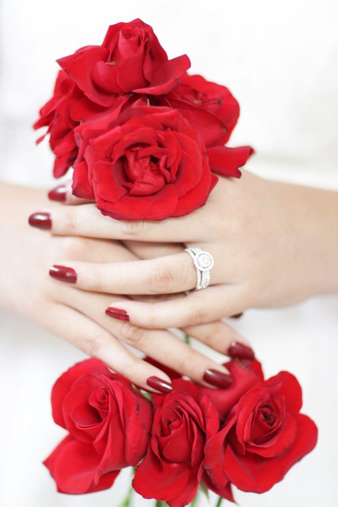 Beautiful in White by CLARTE Jewellery - 001