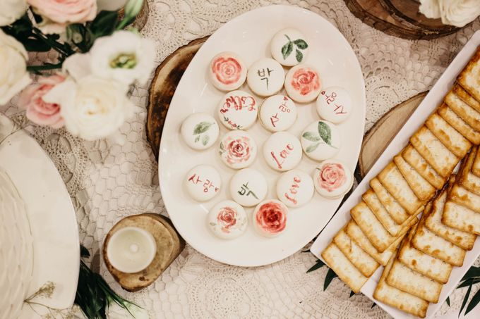 Rustic Dessert Table by Gordon Blue Cake - 044