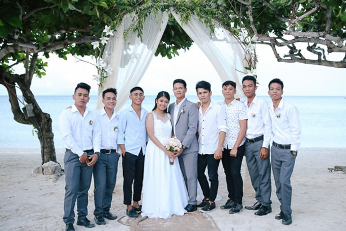 Renz & Jenn Beach Wedding in Romblon by The Fortnight Studios - 021