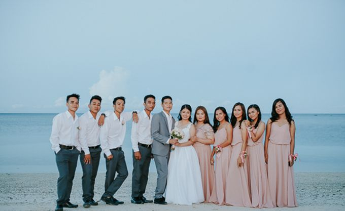 Renz & Jenn Beach Wedding in Romblon by The Fortnight Studios - 024