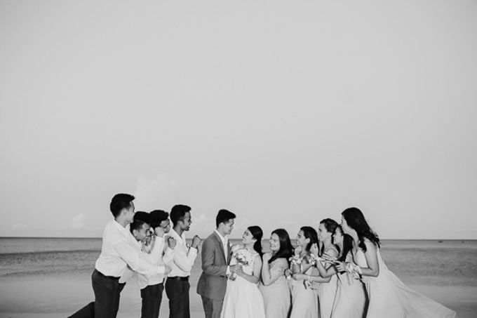 Renz & Jenn Beach Wedding in Romblon by The Fortnight Studios - 025