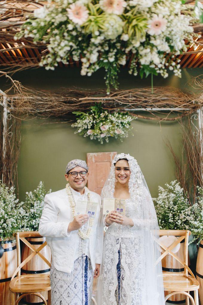 Ardhan & Dhea - Wedding by Flowr Photography - 019
