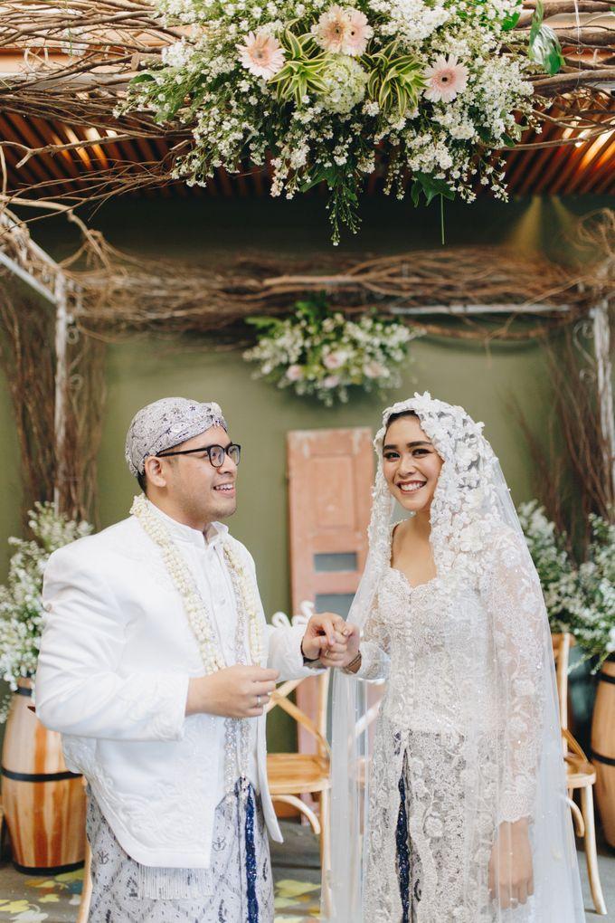 Ardhan & Dhea - Wedding by Flowr Photography - 021
