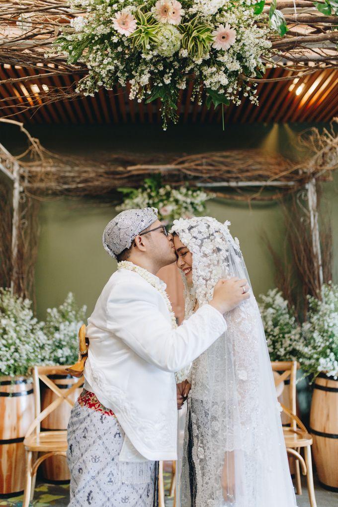 Ardhan & Dhea - Wedding by Flowr Photography - 022