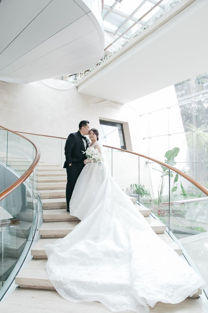 Evan & Brigita Wedding at Hilton by PRIDE Organizer - 040